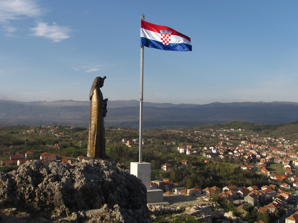 Sinj, Croatia - Monterrasol small group tours to Sinj, Croatia. Travel agency offers small group car tours to see Sinj in Croatia. Order small group tour to Sinj with departure date on request.