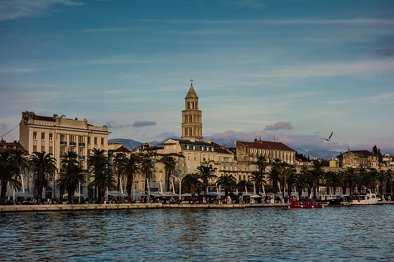 Split, Croatia - Monterrasol small group tours to Croatia. Travel agency offers small group car tours to see Croatia in Croatia. Order small group tour to Croatia with departure date on request.