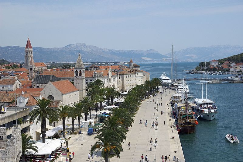 Trogir, Croatia - Monterrasol small group tours to Trogir, Croatia. Travel agency offers small group car tours to see Trogir in Croatia. Order small group tour to Trogir with departure date on request.