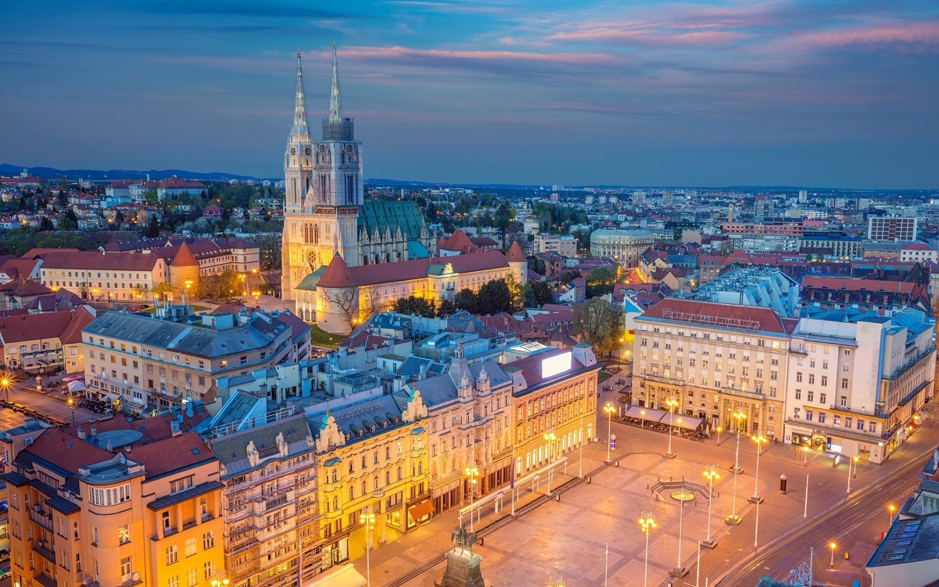 Zagreb, Croatia - Monterrasol small group tours to Zagreb, Croatia. Travel agency offers small group car tours to see Zagreb in Croatia. Order small group tour to Zagreb with departure date on request.