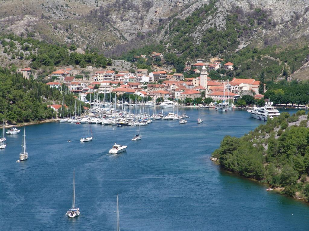 Skradin, Croatia - Monterrasol small group tours to Skradin, Croatia. Travel agency offers small group car tours to see Skradin in Croatia. Order small group tour to Skradin with departure date on request.