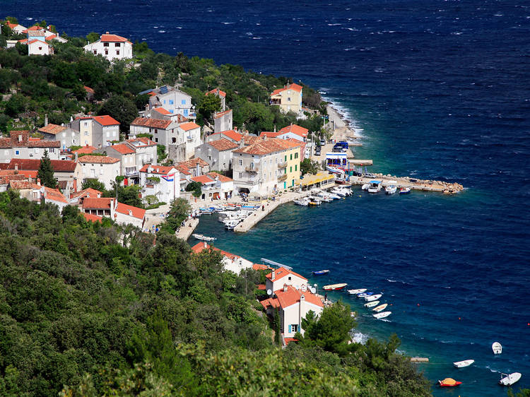 Cres, Croatia - Monterrasol small group tours to Croatia. Travel agency offers small group car tours to see Croatia in Croatia. Order small group tour to Croatia with departure date on request.