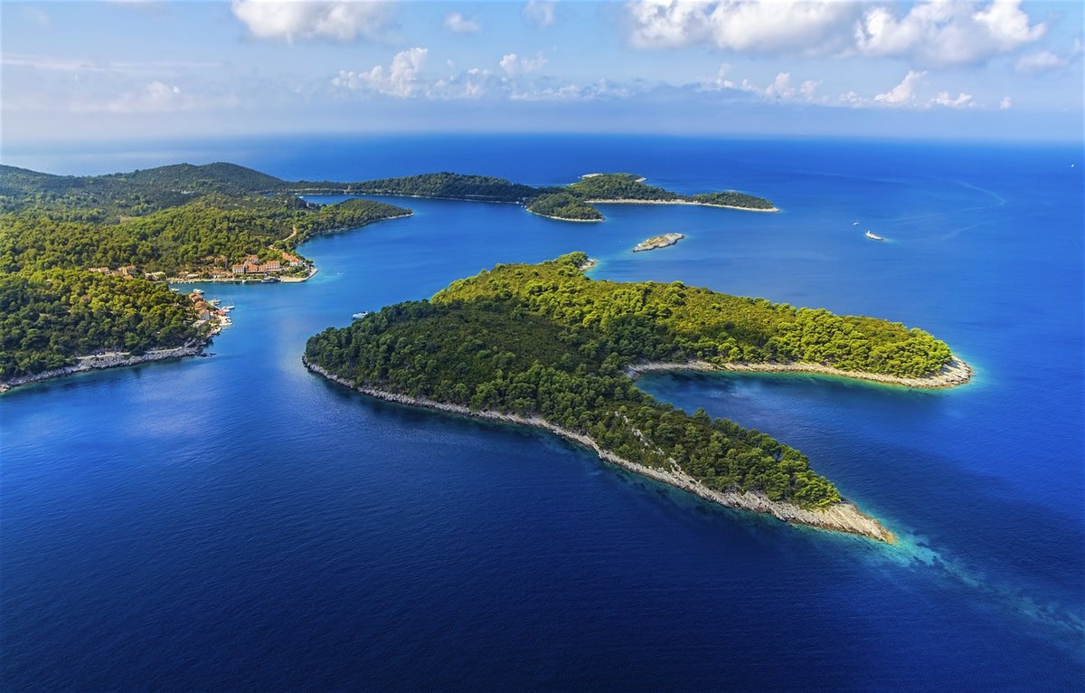 Mljet, Croatia - Monterrasol small group tours to Mljet, Croatia. Travel agency offers small group car tours to see Mljet in Croatia. Order small group tour to Mljet with departure date on request.