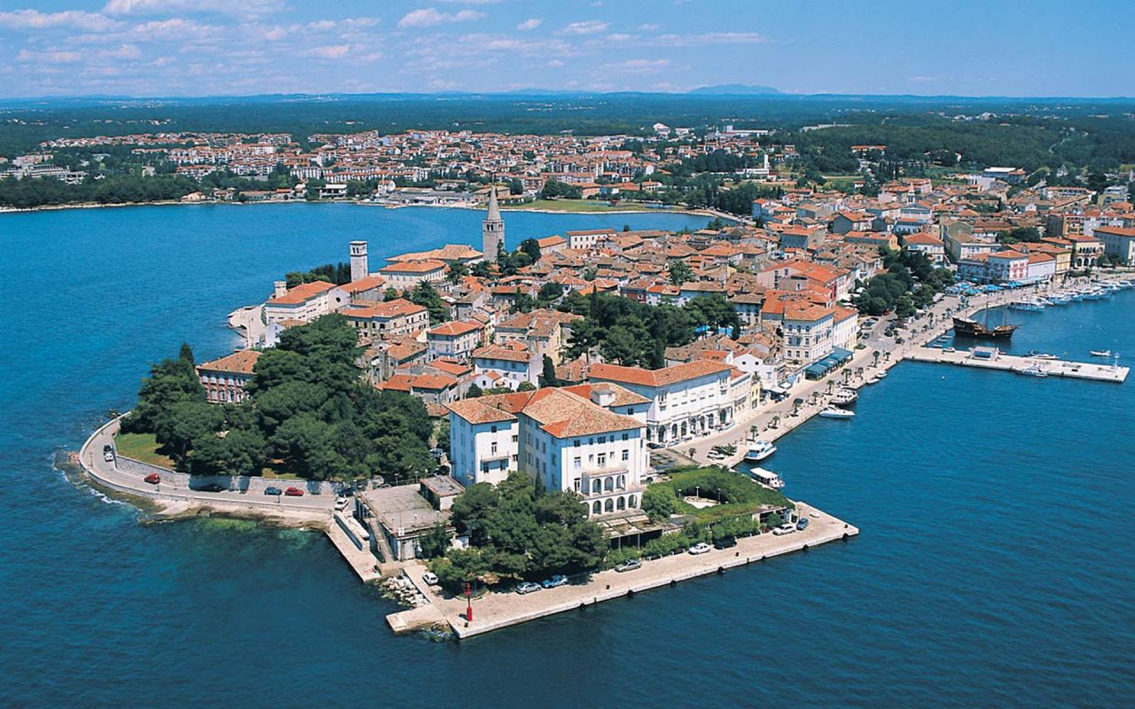 Poreč (Porec), Croatia - Monterrasol small group tours to Poreč (Porec), Croatia. Travel agency offers small group car tours to see Poreč (Porec) in Croatia. Order small group tour to Poreč (Porec) with departure date on request.