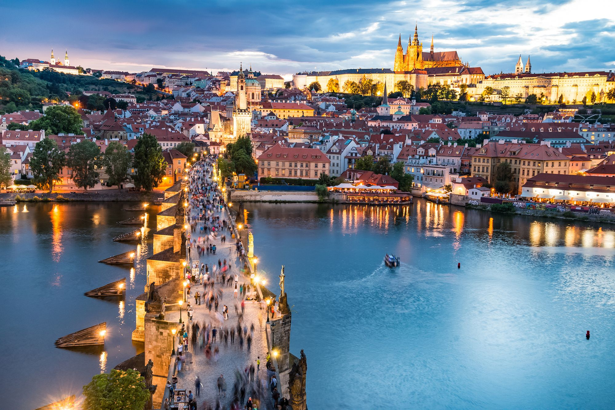 Praha (Prague), Czech Republic - Monterrasol small group tours to Praha (Prague), Czech Republic. Travel agency offers small group car tours to see Praha (Prague) in Czech Republic. Order small group tour to Praha (Prague) with departure date on request.