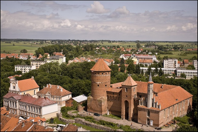 Reszel, Poland - Monterrasol small group tours to Reszel, Poland. Travel agency offers small group car tours to see Reszel in Poland. Order small group tour to Reszel with departure date on request.