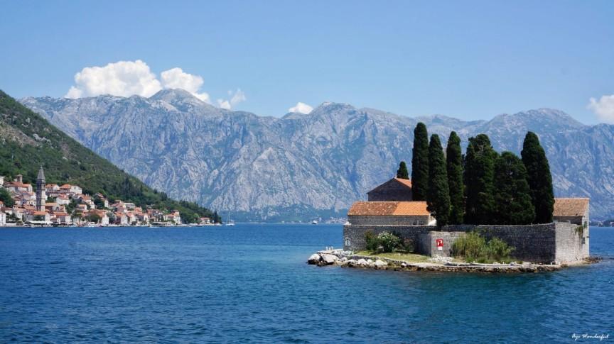 Perast, Montenegro - All seasons 2 days micro tour from Dubrovnik to visit Montenegro and Bosnia. Small group minivan tour by Monterrasol Travel.