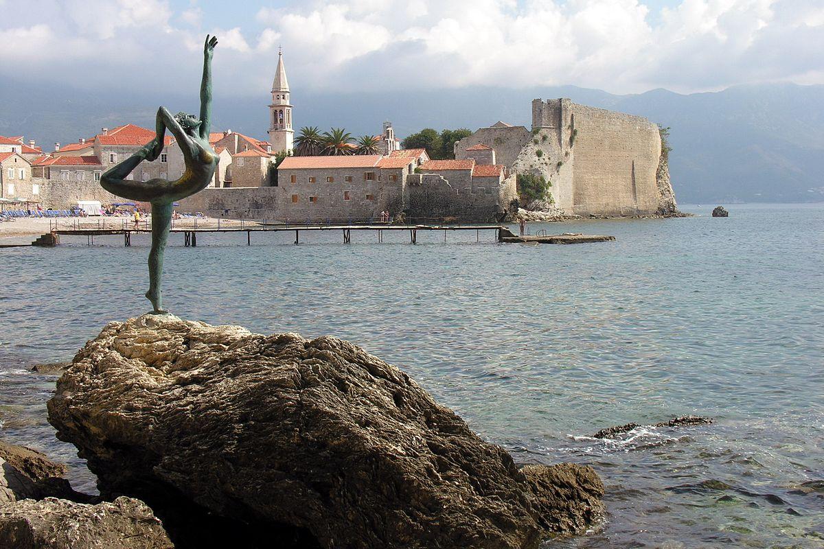 Budva, Montenegro - All seasons discovery Bosnia + Montenegro 4 days tour from Korcula. Small group tour with minivan by Monterrasol Travel.