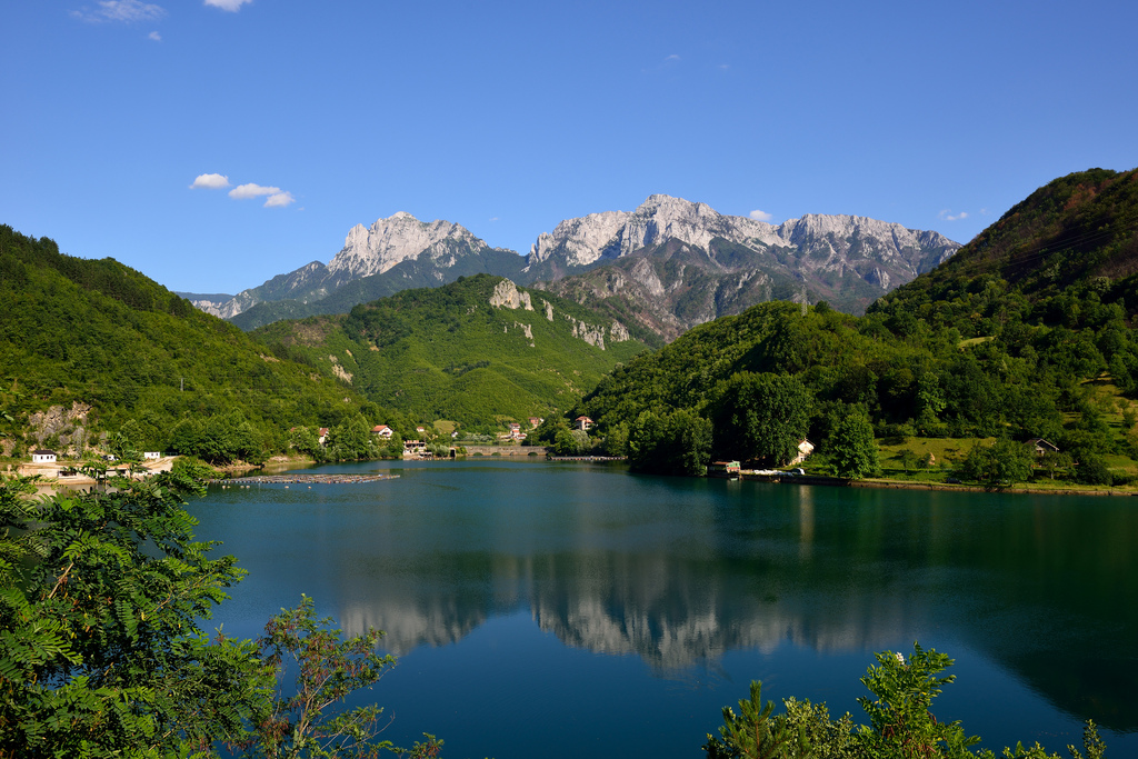 Jablanica, Bosnia and Herzegovina - Monterrasol small group tours to Jablanica, Bosnia and Herzegovina. Travel agency offers small group car tours to see Jablanica in Bosnia and Herzegovina. Order small group tour to Jablanica with departure date on request.