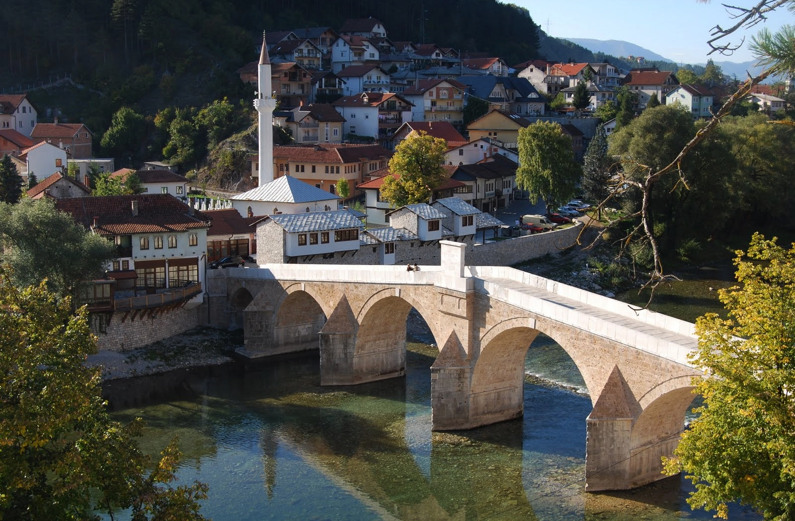 Konjic, Bosnia and Herzegovina - Monterrasol small group tours to Konjic, Bosnia and Herzegovina. Travel agency offers small group car tours to see Konjic in Bosnia and Herzegovina. Order small group tour to Konjic with departure date on request.