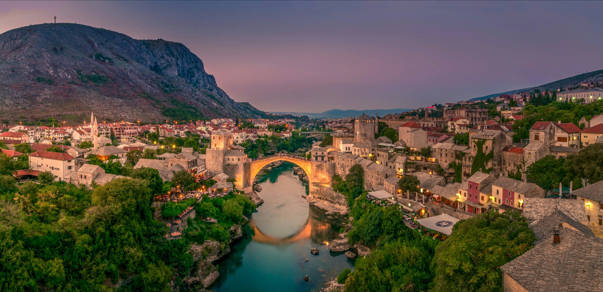 Mostar, Bosnia and Herzegovina - Monterrasol small group tours to Mostar, Bosnia and Herzegovina. Travel agency offers small group car tours to see Mostar in Bosnia and Herzegovina. Order small group tour to Mostar with departure date on request.