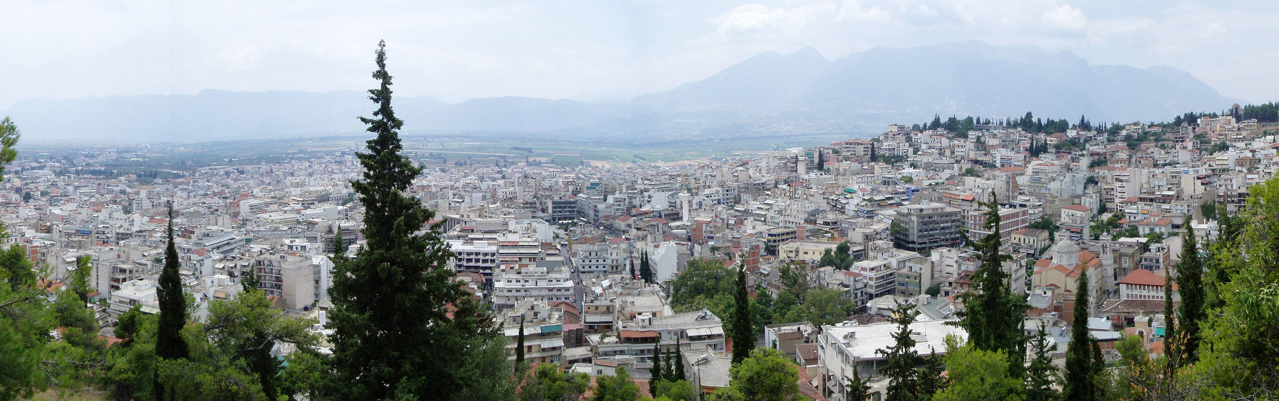 Lamia, Greece - Monterrasol small group tours to Lamia, Greece. Travel agency offers small group car tours to see Lamia in Greece. Order small group tour to Lamia with departure date on request.