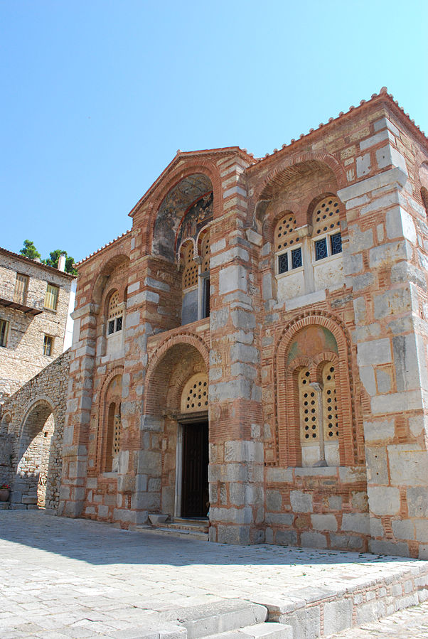 Hosios Loukas, Greece - Monterrasol small group tours to Hosios Loukas, Greece. Travel agency offers small group car tours to see Hosios Loukas in Greece. Order small group tour to Hosios Loukas with departure date on request.