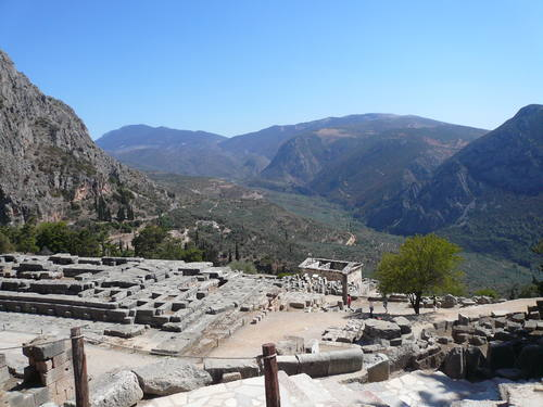 Delphi, Greece - All seasons central Greece discovery 10 days small tour from Athens. Small group tour with minivan by Monterrasol Travel.