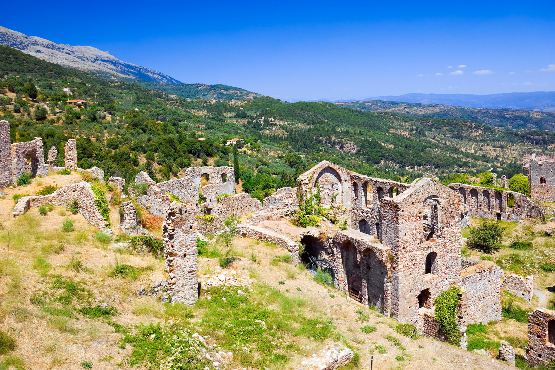 Mystras, Greece - Monterrasol small group tours to Mystras, Greece. Travel agency offers small group car tours to see Mystras in Greece. Order small group tour to Mystras with departure date on request.