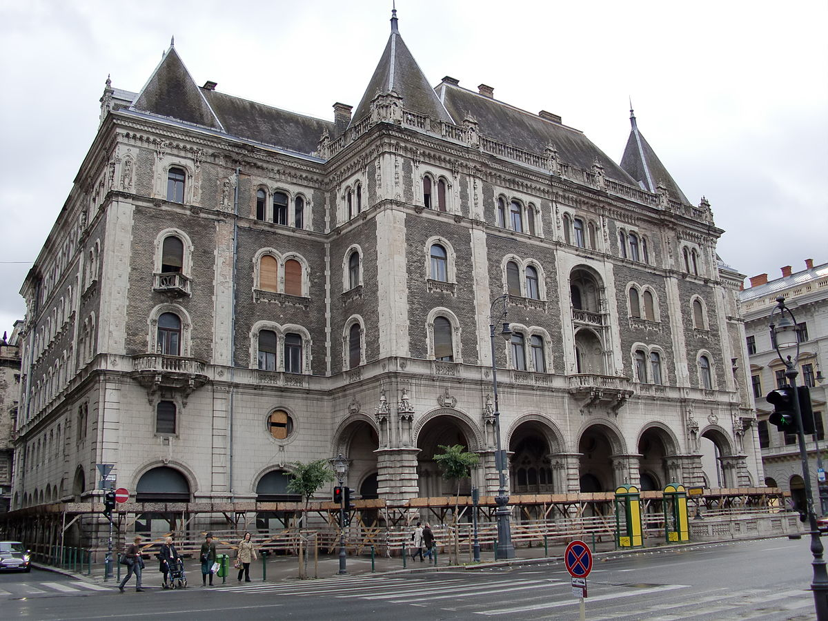 Budapest, Hungary - Monterrasol small group tours to Hungary. Travel agency offers small group car tours to see Hungary in Hungary. Order small group tour to Hungary with departure date on request.