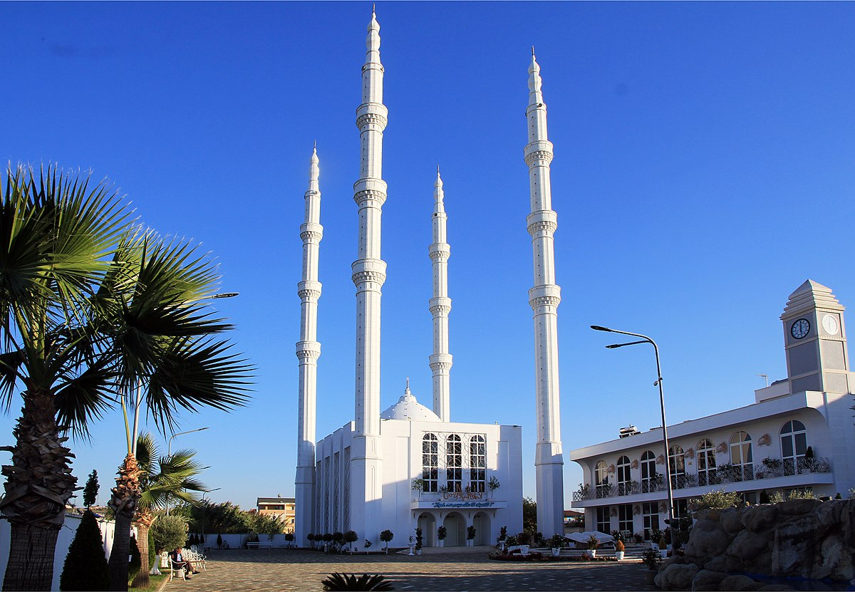 Durrës (Durres), Albania - Monterrasol small group tours to Durrës (Durres), Albania. Travel agency offers small group car tours to see Durrës (Durres) in Albania. Order small group tour to Durrës (Durres) with departure date on request.